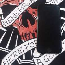 Айфон 7, чёрный матовый, в Волгограде