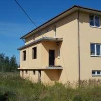 Продается здание под минигостиницу на 12 номеров в ПЕТЕРГОФЕ, в Санкт-Петербурге