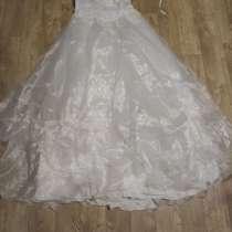 Свадебное платье на шнуровке Размер 46-48, в Челябинске