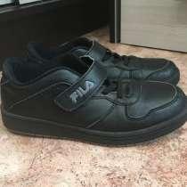 Продам детские кроссовки, в Междуреченске
