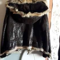 Куртка зимняя, натуралка, волчий мех, капюшон, лазерная кожа, в Азове