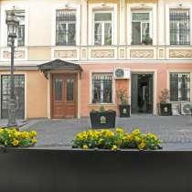 Уникальная квартира 75,2кв. м. в историческом центре Тбилиси, в г.Тбилиси