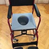 Инвалидное кресло-коляска с санитарным устройством, в Омске