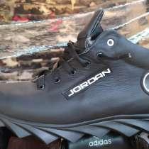 Ботинки высокие кроссовки зимние Jordan на меху полуботинки, в г.Мелитополь
