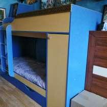 Продам двухъярусную кровать б/у в хорошем состоянии, в г.Минск