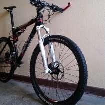 Продаю велосипед МТБ двухподвес гоночного класса, в Москве