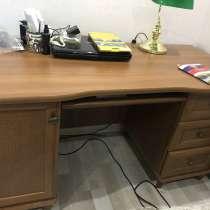 Продаётся письменный стол, в Челябинске