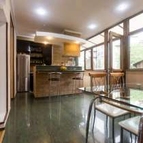 Сдается посуточно 3-комнатная элитная квартира класса Люкс, в г.Тбилиси