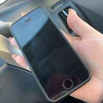 Продам Айфон SE в хорошем состоянии, в Томске