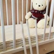 Кроватка Детская(белого цвета)в хорошем состоянии, в Москве