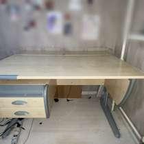 Школьная парта, письменный стол, в Зеленограде