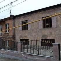 Элитный квартал в Ереване, двухэтажный дом, в г.Ереван
