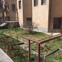 Новостройка в трех километрах от центра, в г.Ереван