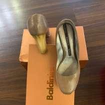Продам женские туфли Балдинини. Р 40. Немного б/у, в Иркутске