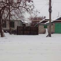 Продается дом, есть гараж, в г.Красный Луч