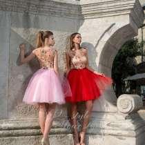 Продам платье(красное), в Нижнегорском
