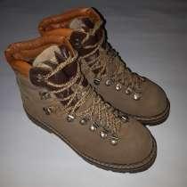 80s vintage italian hiker trekking boots, в г.New York Mills