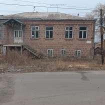 Дом в Ахалкалаки, в г.Тбилиси
