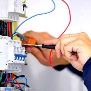 Опытный мастер на час и домашний электрик в Миассе, в Миассе