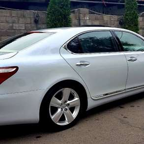 Lexus LS460, Mercedes Benz w221 s550, Camry 55 с водителем, в г.Алматы