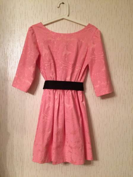 Платье нежно-розовое. Размер S
