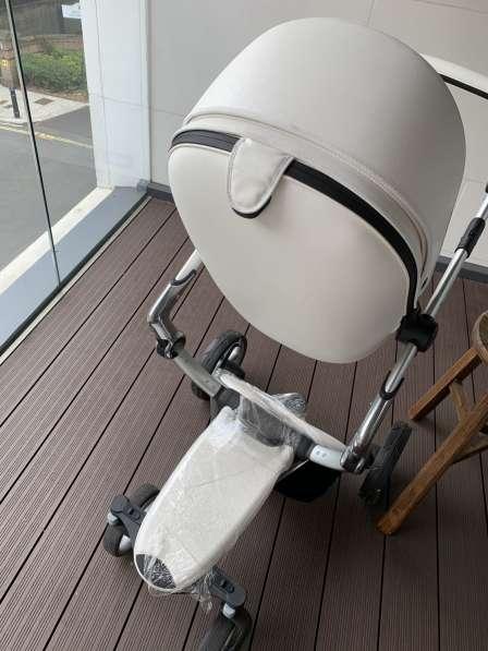 Коляска Mima Xari (белая), 400 фунтов в фото 3