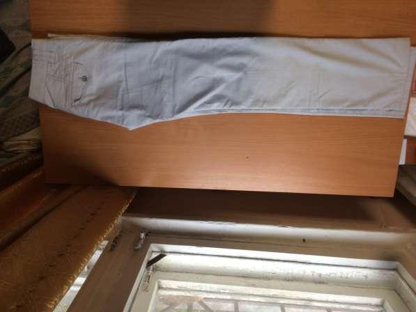 Брюки мужские белые, 26-29 размер в Екатеринбурге фото 3