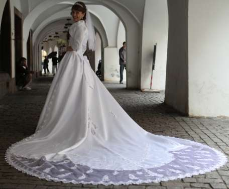 Свадебное платье б/у. Французская коллекция Collector