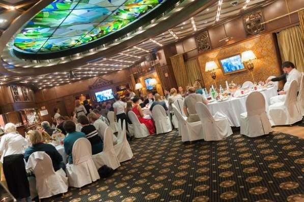 Ведущий на свадьбу, услуги тамады