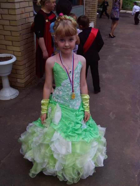 Праздничное платье для девочки