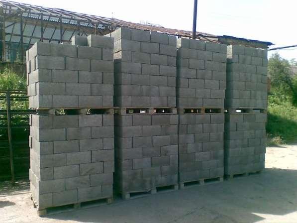 Пескоцементные блоки, пеноблоки, клей для блоков в Куровской