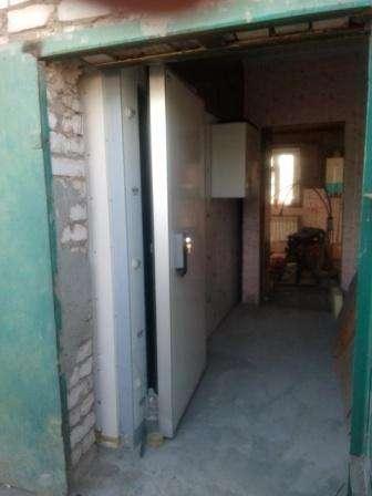 Дверь холодильной камеры склада низкотемпературная в Самаре