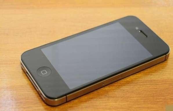 Продам iPhone 4 s 8г