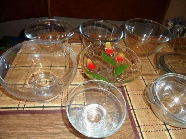 Замечательные посуда из белого фарфора+ стеклянная в Санкт-Петербурге