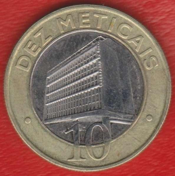 Мозамбик 10 метикалов 2006 г.