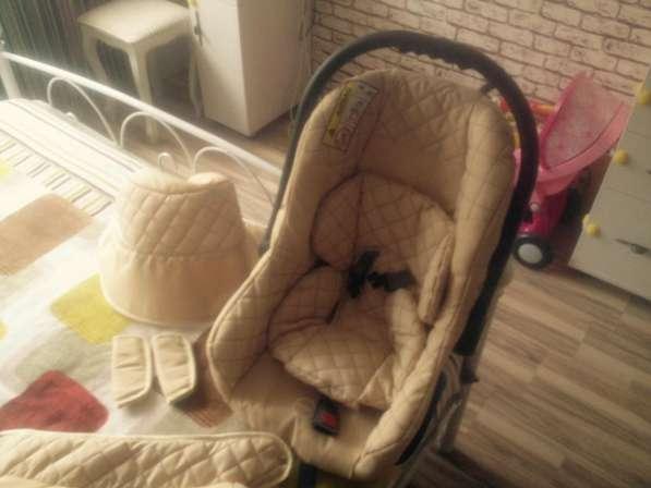 Продам детскую коляску 3 в 1 в хорошем состоянии в