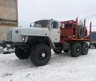 грузовой автомобиль УРАЛ 43204 лесовоз