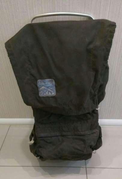 Туристический рюкзак на жесткой раме в Челябинске