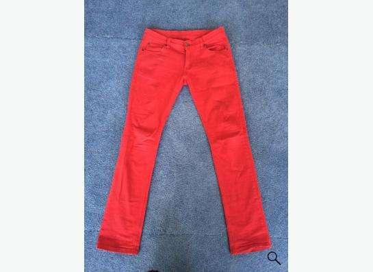 Продам джинсы в Новосибирске
