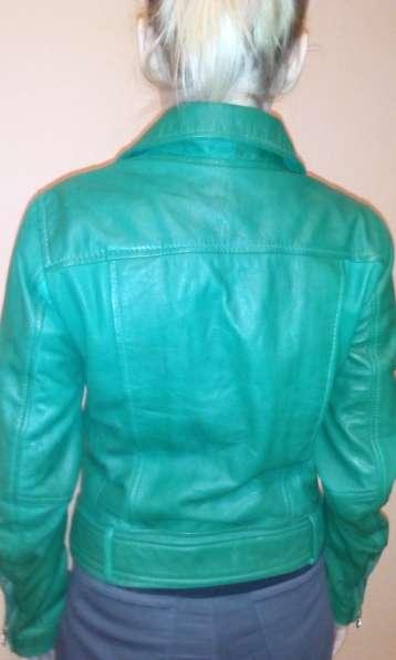 Женская куртка-натуральная кожа
