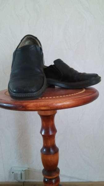 Продам туфли детские из натуральной кожи размер 33, чёрные