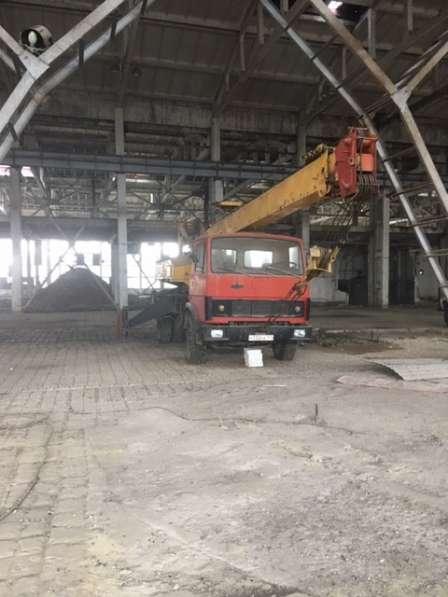 Автокран строительный 12, 5 тонн грузоподъемность Урюпинск