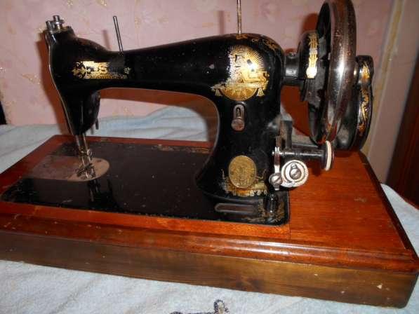Продам раритетные швейные машинки (см. фото) Все исправны в Тобольске фото 6