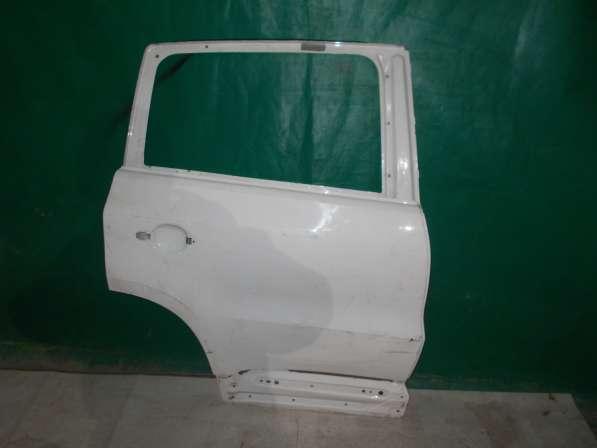 Правая задняя дверь Volkswagen Tiguan