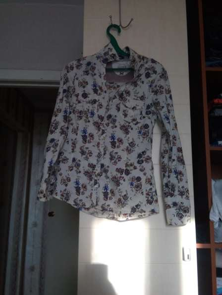Продам блузки, кофточки в фото 3