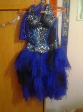 Выпускное платье темно синего цвета