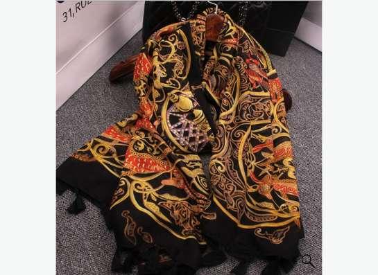 шикарный шарф с кисточками