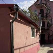Продам в Крыму город Алушта Дом- коттедж в центре города, в Алуште
