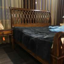 Кровать деревянная с 2 тумбами, в г.Новосибирск