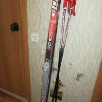 Срочно продам лыжи с палками и ботинки, в Перми